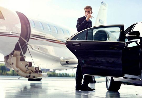 AIRPORT car rental free deliver & collect services
